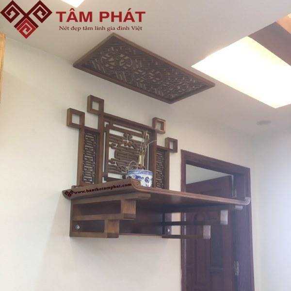 Bàn thờ treo tường kết hợp với ốp tường