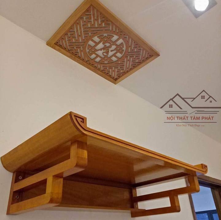 Bàn thờ treo tường rất phù hợp với những căn hộ chung cư diện tích hẹp