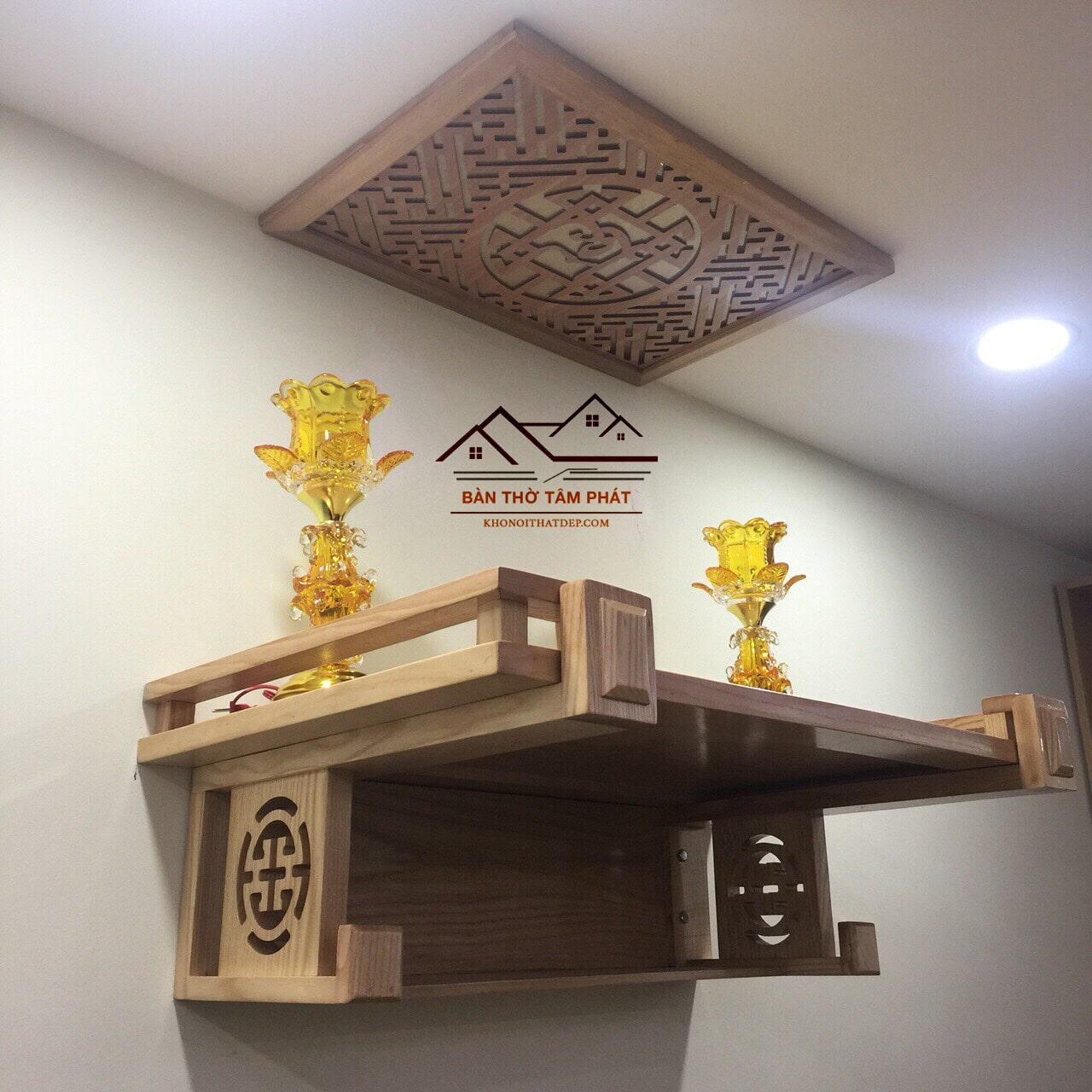 Những mẫu bàn thờ với thiết kế sang trọng với phần ngăn phía dưới giúp người dùng có nhiều không gian sử dụng