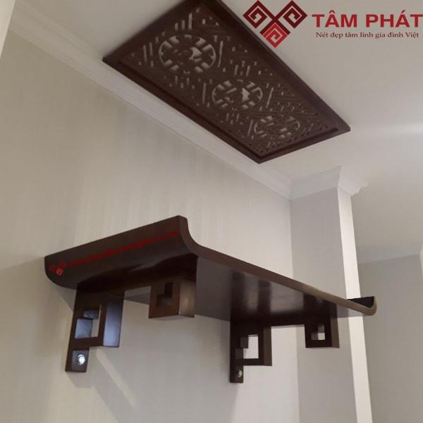 Mẫu bàn thờ treo tường phù hợp nội thất hiện đại