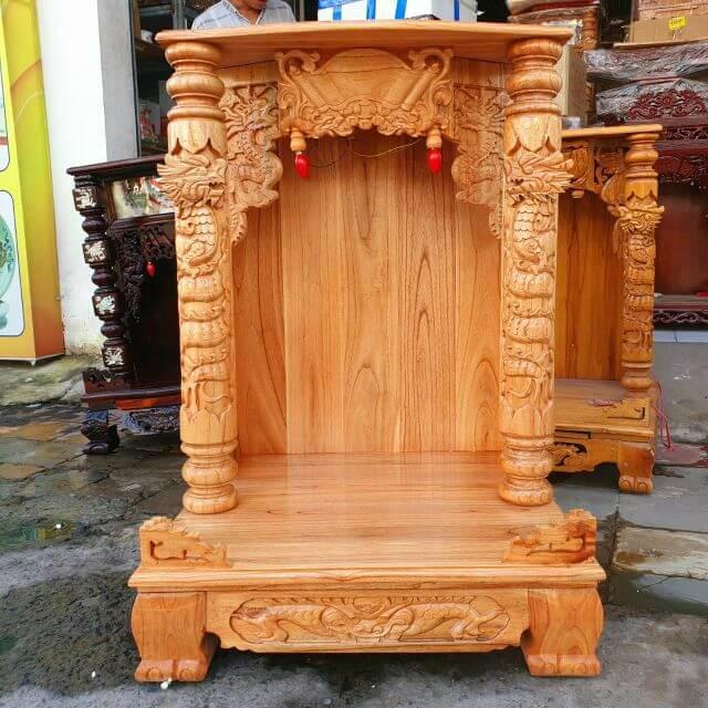 Mẫu bàn thờ Thần Tài kích thước 68x68x108, Cách đặt bàn thờ Thần Tài Thổ Địa trong nhà theo Hướng, theo Tuổi hợp Phong Thủy . Chọn Kích Thước bàn thờ Thần Tài phù hợp Vị Trí Đặt bàn thờ Ông Thần Tài
