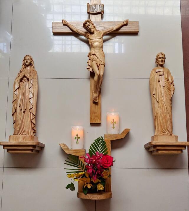 Mẫu bàn thờ thiết kế đẹp mắt