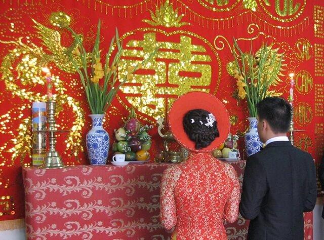 Cắm hoa bàn thờ ngày cưới đúng chuẩn