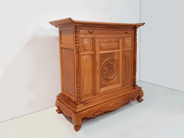 Lựa chọn bàn thờ phải dựa theo kích thước lỗ ban để mang đến giá trị phong thủy