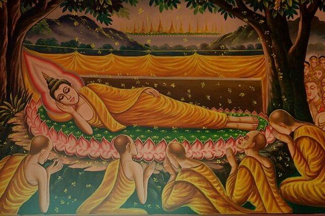 Năm 80 tuổi, Phật Thích Ca Mâu Ni nhập cõi Niết bàn