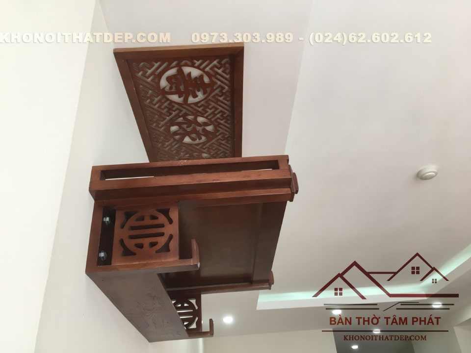 Đặt hàng trực tuyến và giao hàng miễn phí mẫu bàn thờ treo tường TT007