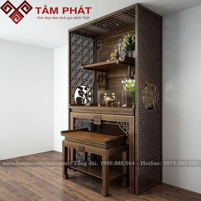 Vận chuyển và lắp đặt tại nhà miễn phí bàn thờ gỗ gia tiên kết hợp với thờ Phật BT0065