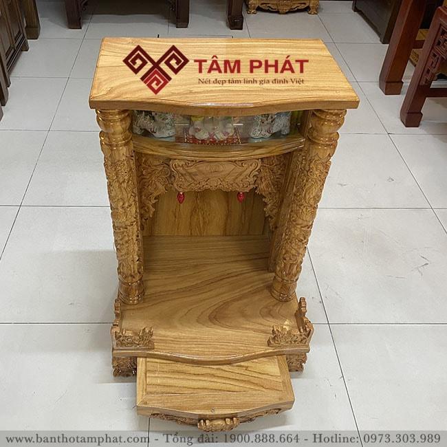 Bàn thờ thần tài BTT3302, kích thước 69x81 chất liệu gỗ Hương sang trọng