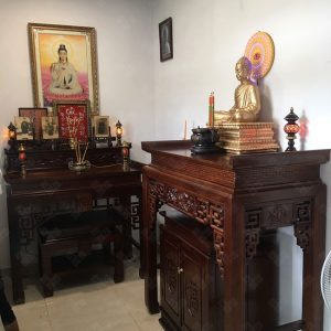 Phòng thờ Phật và gia tiên mẫu BT-1121