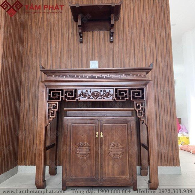 Phòng thờ sử dụng chất liệu gỗ thịt cao cấp mang đến nét đẹp sang trọng